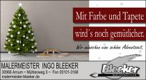 fotolia_70508672 - Weihnachtsgeschenke und Baum © fischer-cg.de
